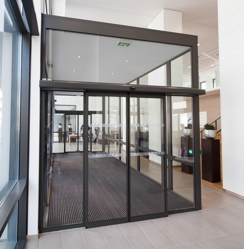 Axed portes automatiques porte coulissante circulation rapide - Prix porte coulissante automatique magasin ...